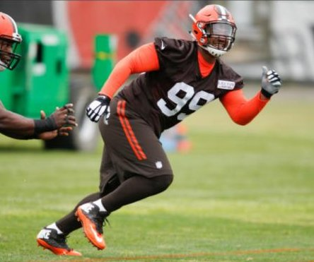 Battery charges against Cleveland Browns rookie DT Caleb Brantley dropped