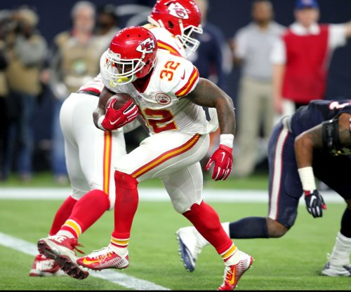 Kansas City Chiefs face opening season minus Spencer Ware