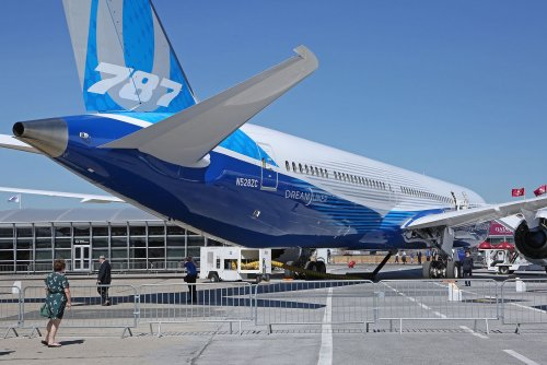 Boeing invests in autonomous flight technology company