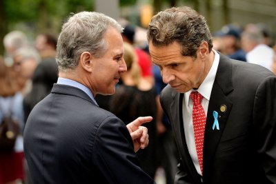 Ex-N.Y. AG Schneiderman won't face assault charges