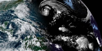 Epsilon upgraded to major hurricane strength