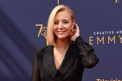 Lisa Kudrow says 'Friends: The Reunion' was 'thrilling and a little emotional'
