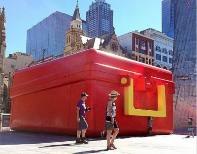 Giant lunchbox McDonald's touring Australia