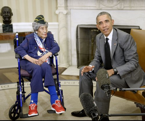 President Obama meets with country's oldest living veteran