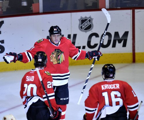 Chicago Blackhawks place RW Marian Hossa on IR