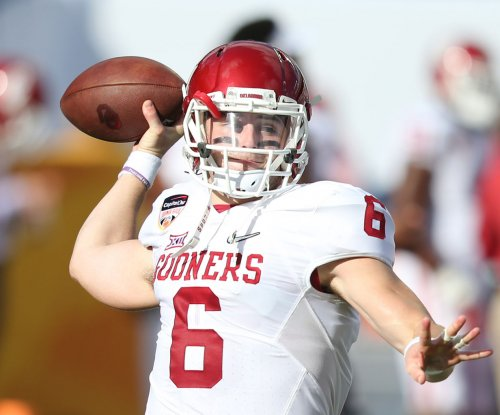 Oklahoma's Baker Mayfield to return for senior year