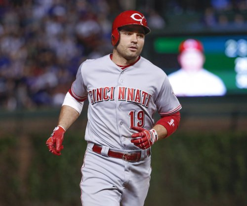 Cincinnati Reds' Joey Votto to fans: 'You guys don't even have a life'