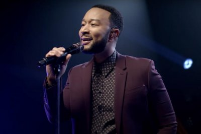 John Legend performs 'passionate' song 'Wild' on 'Late Night'