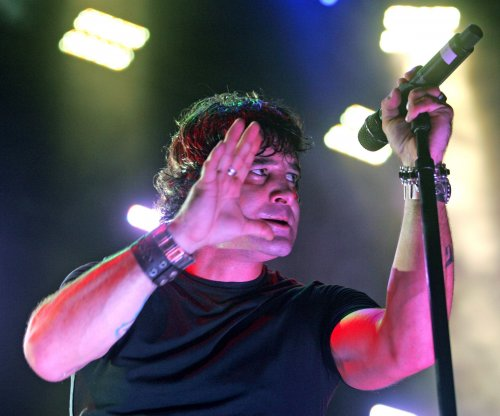 Creed singer Scott Stapp blames Obama for financial woes