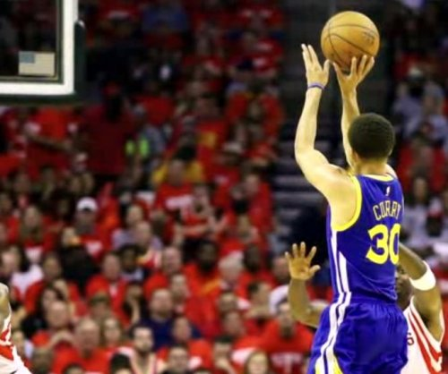 Golden State Warriors crumble Houston Rockets