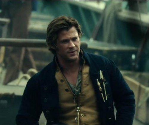 Chris Hemsworth stars in final 'In the Heart of the Sea' trailer