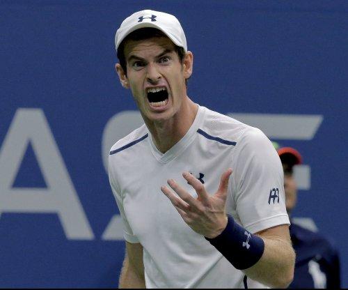 Andy Murray cruises, Dominic Thiem upset at China Open