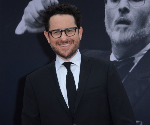J.J. Abrams reveals how Ava DuVernay helped with 'Force Awakens' lightsaber fight