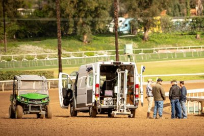 Santa Anita resumes limited training amid probe of horse deaths