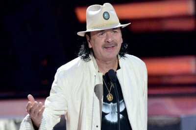 Carlos Santana, Earth, Wind & Fire announce joint tour