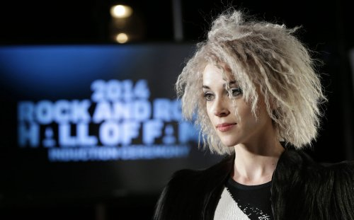 Joan Jett, Lorde perform with living Nirvana members at Rock Hall induction