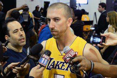 Brooklyn Nets deal G Blake to Detroit Pistons