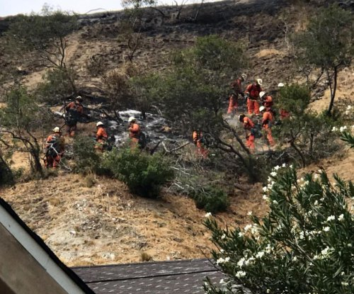 LA's La Tuna fire 70 percent contained