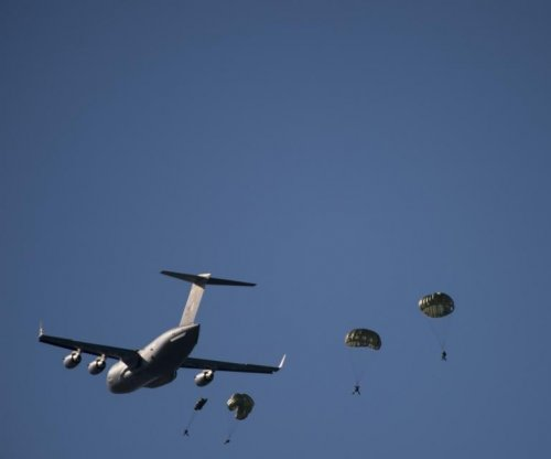 Parachute training suspended after Marine killed in Arizona accident