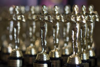 Most thankless job in Hollywood: Oscars going hostless
