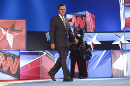 Romney leads, Bachmann gains in N.H. poll