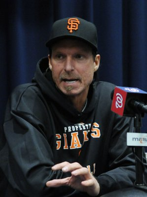 Randy Johnson on DL with shoulder injury