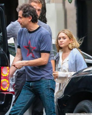 Ashley Olsen, boyfriend Bennett Miller spotted in New York City