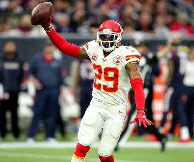 Eric Berry's two interceptions lift Kansas City Chiefs over Atlanta Falcons