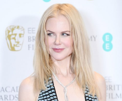 Nicole Kidman says she was once engaged to Lenny Kravitz