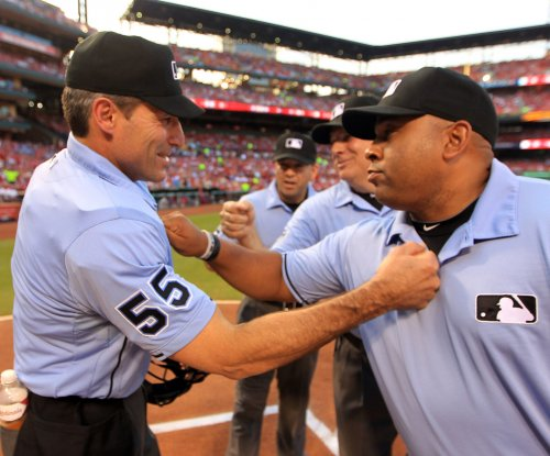 Angel Hernandez, who is suing MLB, among All-Star Game umpires