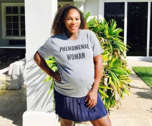 Serena Williams urges black women to 'speak out for equal pay'