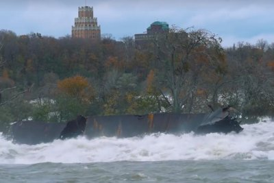 Halloween storm shifts iron scow lodged in Niagara Falls for 101 years