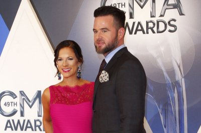 David Nail celebrates daughter Ellie's birth: 'Words do no justice'