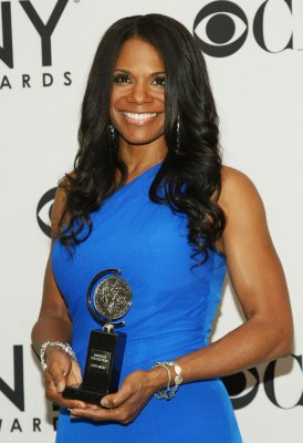 Audra McDonald to play Billie Holiday on Broadway