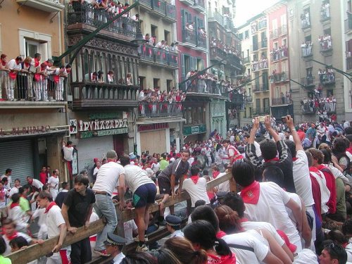 Four injured in first day of Pamplona bull run