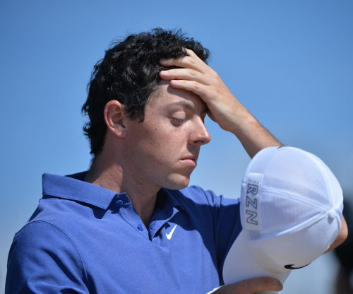 McIlroy makes push, falters late at U.S. Open