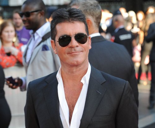 Simon Cowell apologizes for 'The X-Factor U.K.' outburst