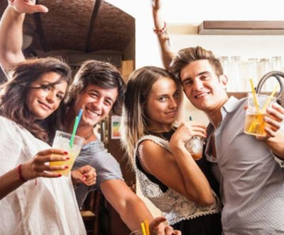 1.2 million U.S. college students boozing on average day