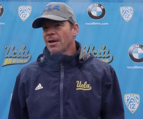 Jim Mora agrees to 2-year extension with UCLA