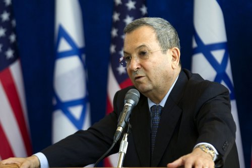 Barak says no plans to strike Iran