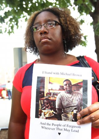 Mourners and family call for justice at Michael Brown's funeral