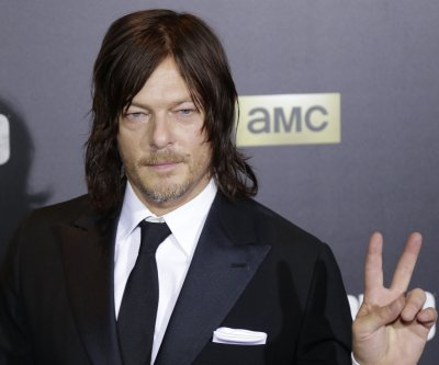 Norman Reedus, Andrew Lincoln 'Walking Dead' glitter war spills over into Comic-Con
