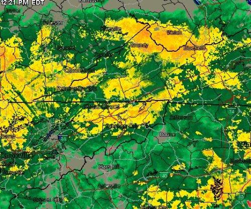 Rain forces postponement of NASCAR's Food City 500 until Monday