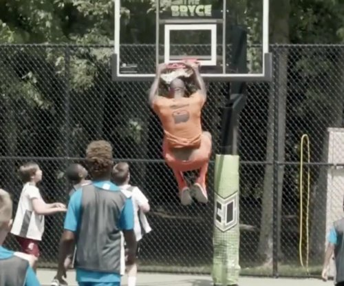 LeBron James throws wild bash for son's 10th birthday