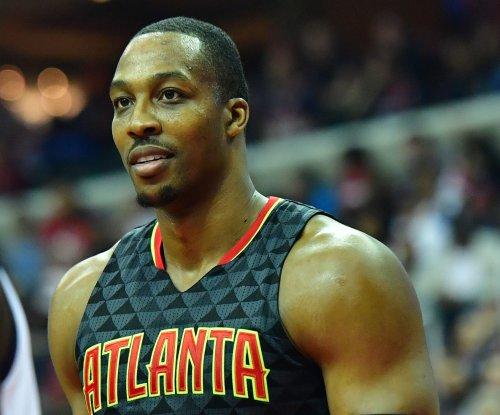 Atlanta Hawks trade Dwight Howard to Charlotte Hornets