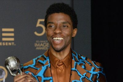 Stars mourn the death of actor Chadwick Boseman