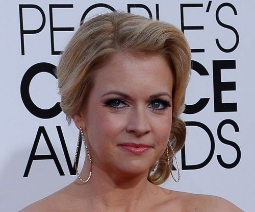 Melissa Joan Hart 'very proud' of 40-pound weight loss