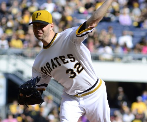 J.A. Happ agrees to 3-year, $36M deal with Blue Jays