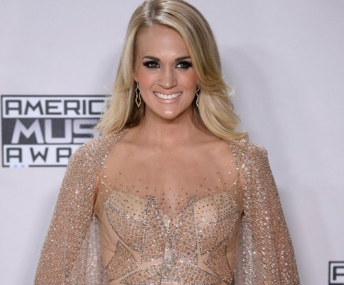Carrie Underwood on surviving a zombie apocalypse: 'I have a machete, I know how to use it'