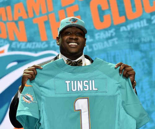 Miami Dolphins caution with Laremy Tunsil's NFL transition